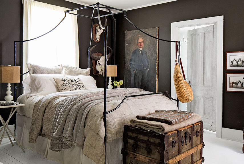 dark farmhouse walls