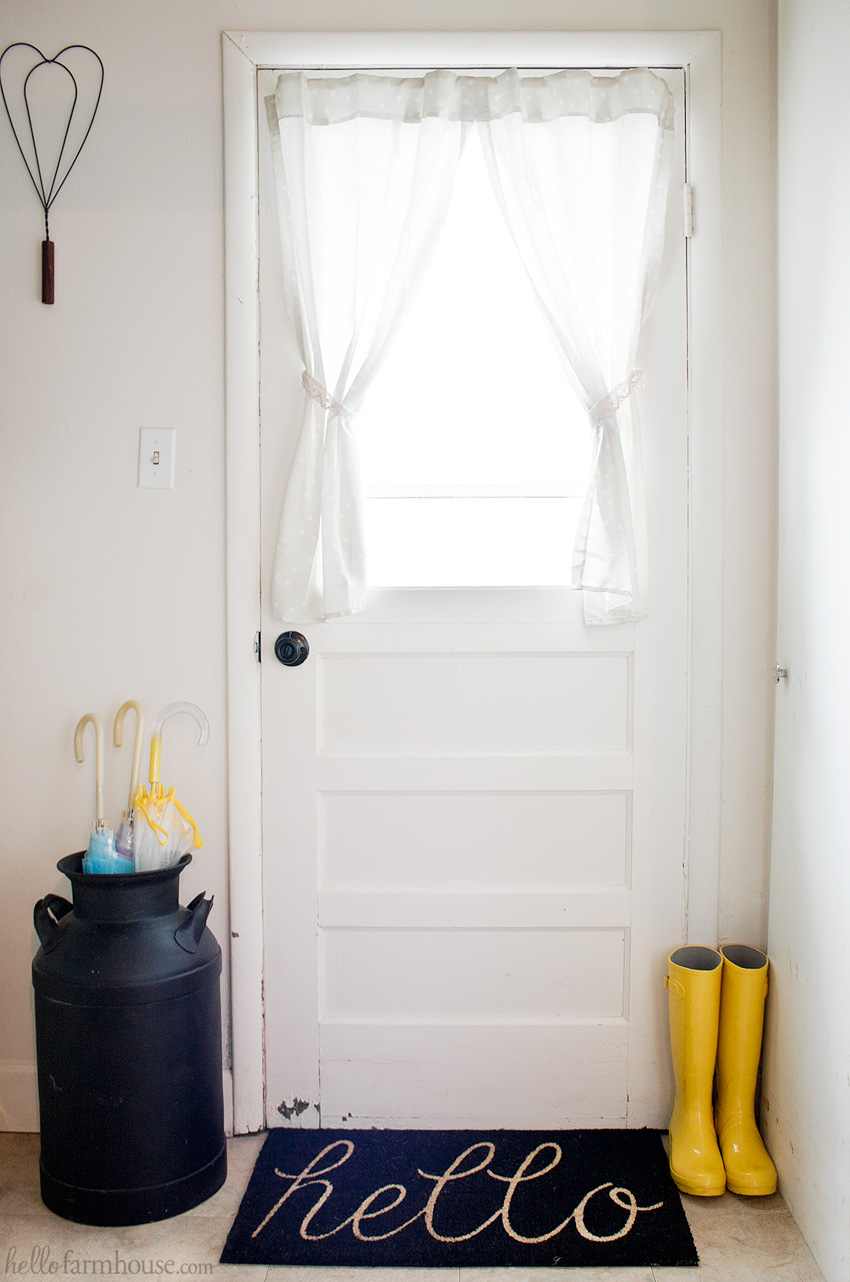 Create a simple farmhouse entry with just a few key items.
