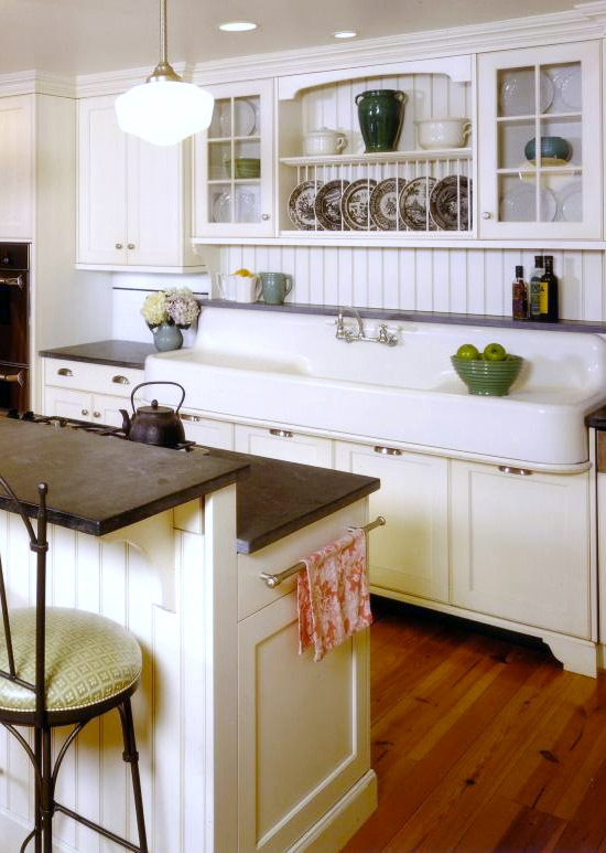 Where to find a vintage style farmhouse sink hello farmhouse for Search kitchen designs